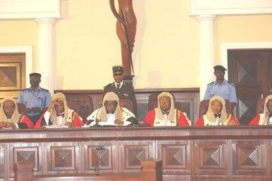 Cour supr me du cameroun 18 mai 2016 marafa hamidou yaya for Haute juridiction