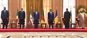 photo famille sommet yaoundé 2016 chefs d'etat afrrique centrale